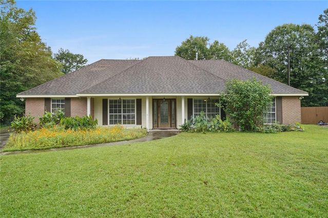 102 DUBLIN Court Slidell, LA 70461