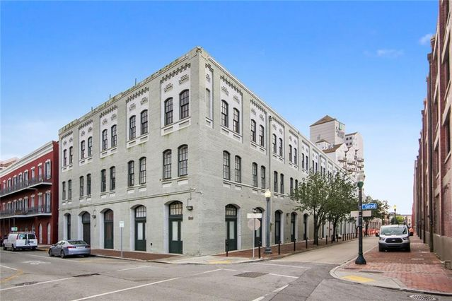 700 COMMERCE Street #207 New Orleans, LA 70130