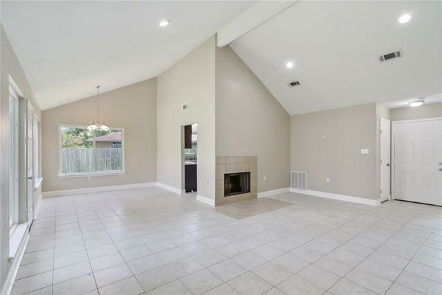 7646 FOUNDERS Court - Photo 3