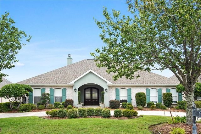 3323 HEATHERWOOD Drive Harvey, LA 70058