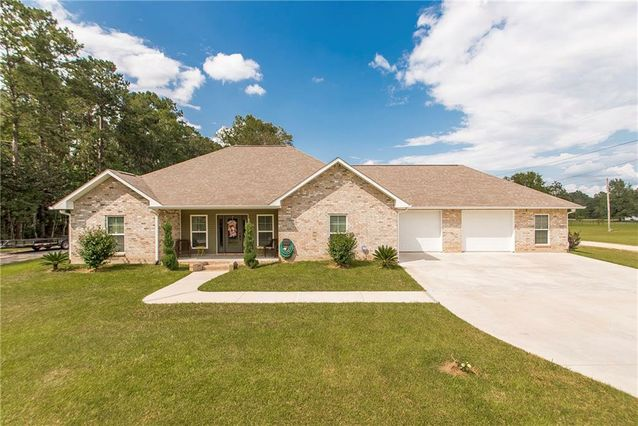 30855 HUBERT STILLEY Road Independence, LA 70443
