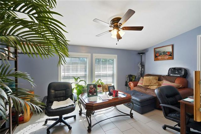 3805 HENICAN Place - Photo 3