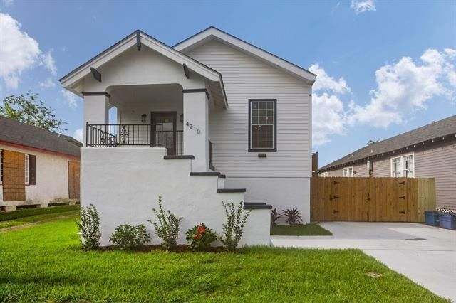 4210 S JOHNSON Street New Orleans, LA 70125