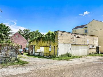 2315 BARRACKS Street New Orleans, LA 70119
