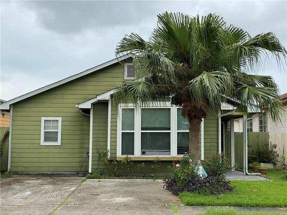 3421 CATALINA Drive New Orleans, LA 70114