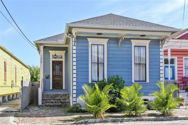 1327 ST ANTHONY Street New Orleans, LA 70116