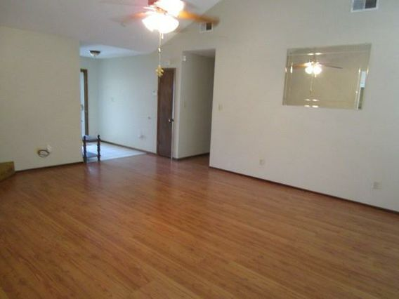 130 WILLOW WOOD Drive - Photo 3
