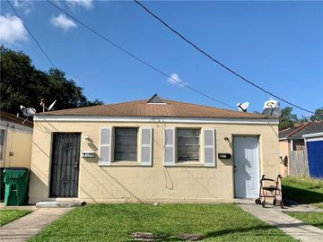 211-13 7TH Street Gretna, LA 70053