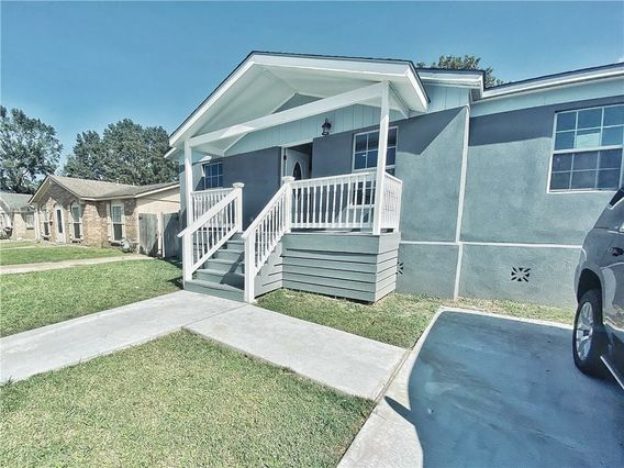 5 FURMAN Circle Kenner, LA 70065