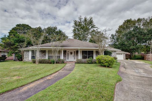 803 FRANKLIN Court Slidell, LA 70458