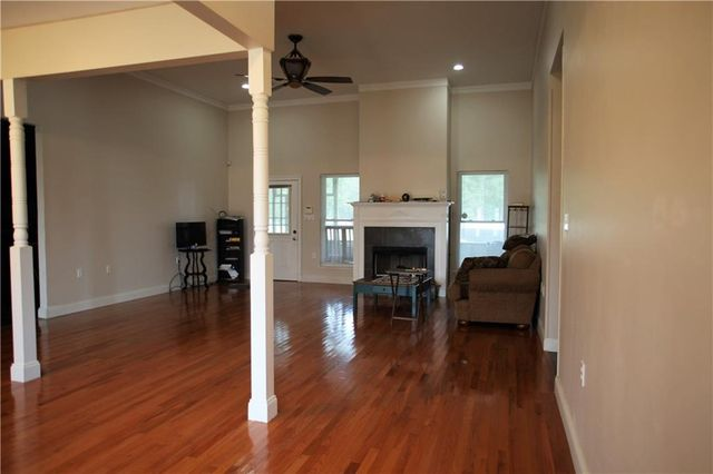 55150 N RAILROAD Avenue - Photo 3