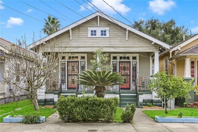 2834 LAUREL Street New Orleans, LA 70115