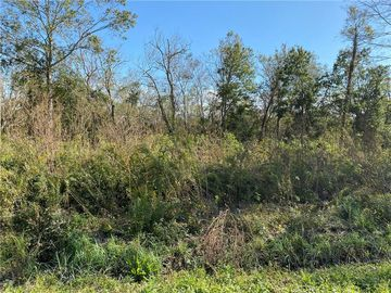 lot 3 blk 10 E 25TH Street Larose, LA 70373