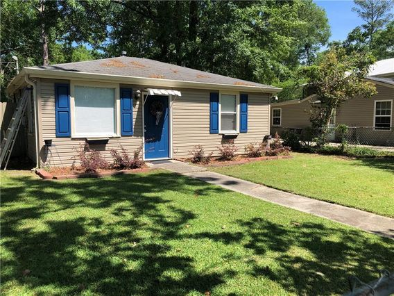 2650 SLIDELL Avenue - Photo 2