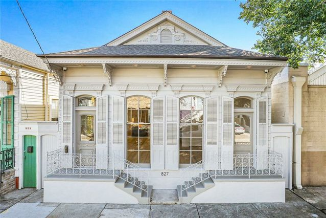 827 INDEPENDENCE Street New Orleans, LA 70117