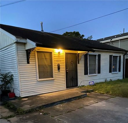 4429 STEPHEN GIRARD Avenue New Orleans, LA 70126