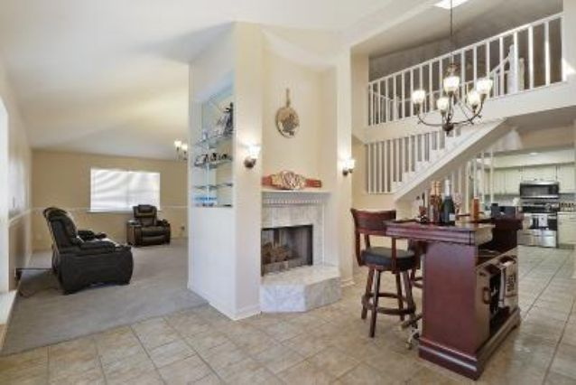 4226 CHATEAU Boulevard - Photo 3