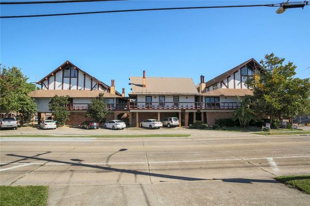 2305 CLEARY Avenue #222 Metairie, LA 70001