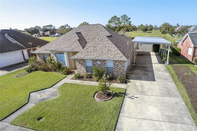 2309 COUNTRY CLUB Drive - Photo 2
