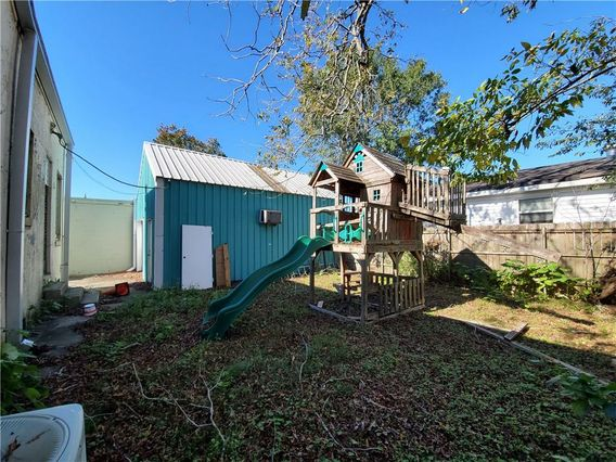 3721 AIRLINE Drive - Photo 2