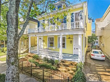 1704 ROBERT Street New Orleans, LA 70115