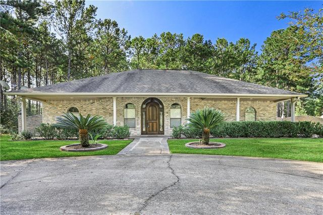 201 KISSENA PARK Court Covington, LA 70435
