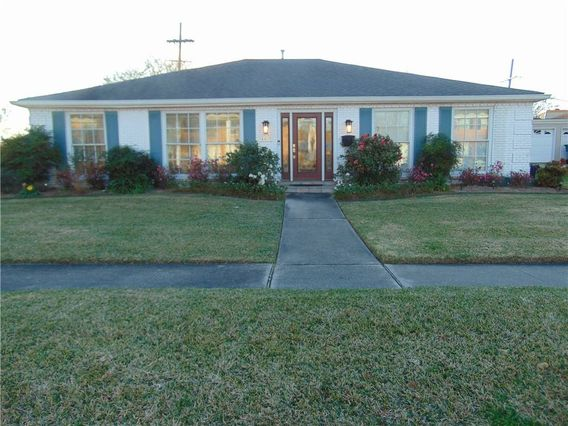 4400 CLEVELAND Place Metairie, LA 70003