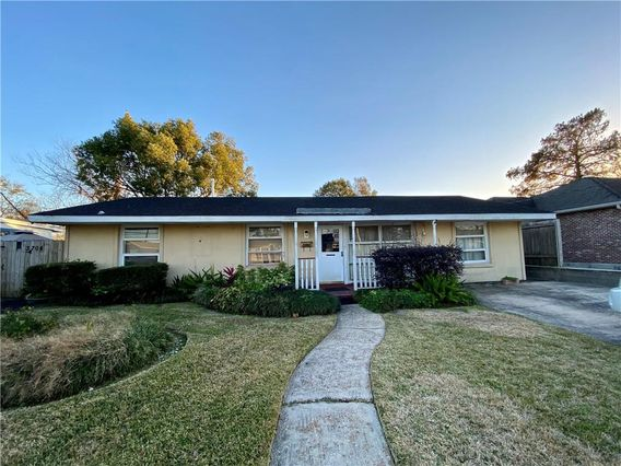 3704 W METAIRIE AVE NORTH Avenue Metairie, LA 70001