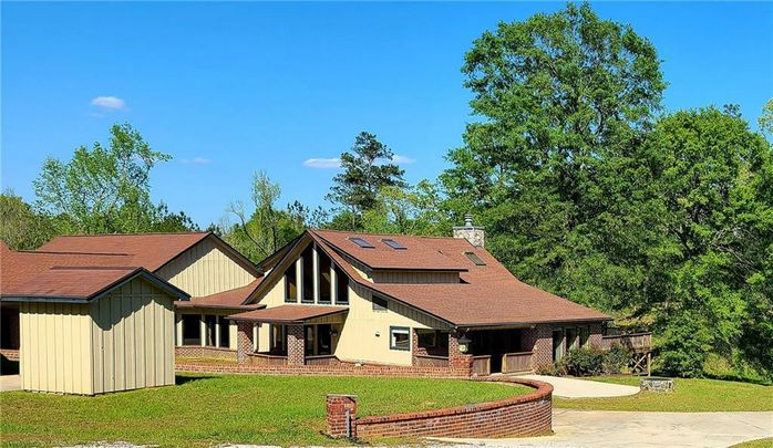 41 PINETUCKY Road Carriere, MS 39426
