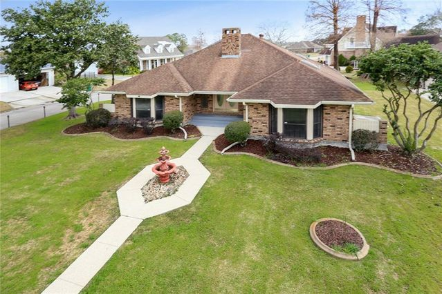 3501 LAKE DES ALLEMANDS Drive - Photo 3