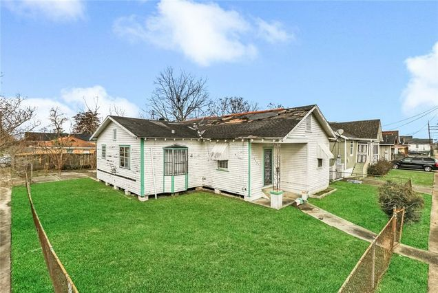 2304 INDEPENDENCE ST Street New Orleans, LA 70117