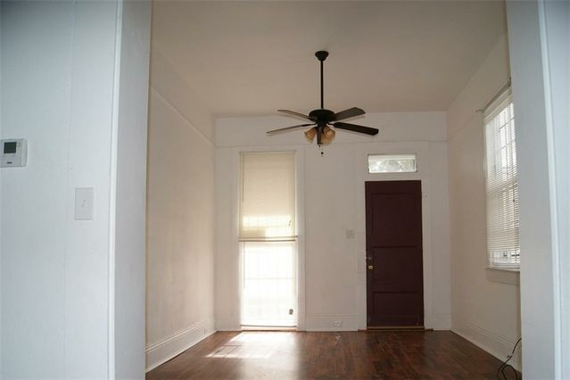 5449-51 CHARTRES Street - Photo 2