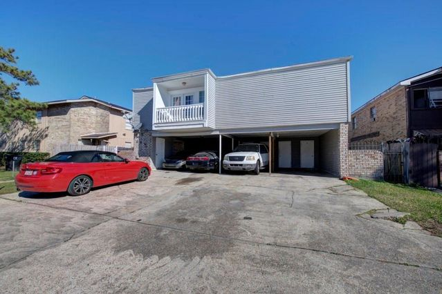 636 VOURAY Drive D Kenner, LA 70065