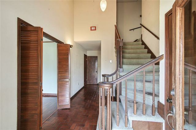 102 W IMPERIAL Drive - Photo 3