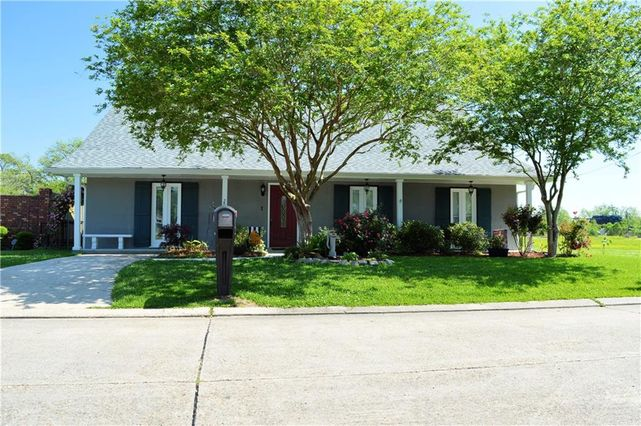 202 BELLE CHASSE Street - Photo 3