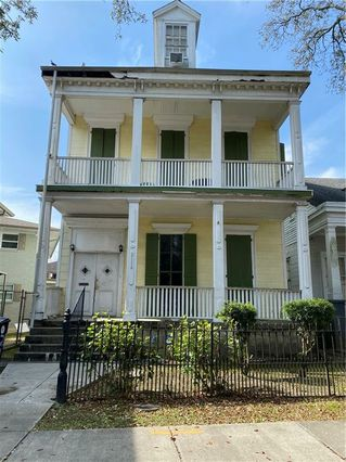 2116 BAYOU Road New Orleans, LA 70116