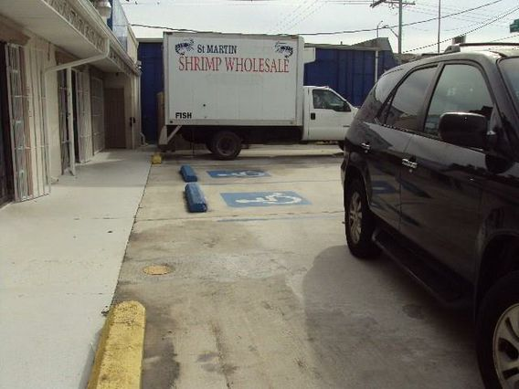 837 BARATARIA Boulevard C - Photo 2