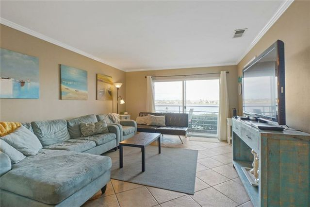 1244 HARBOR Drive #108 - Photo 3