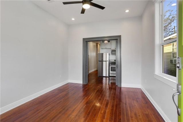 2032 ST PHILIP Street - Photo 2