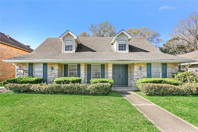 65 PARK TIMBERS Drive New Orleans, LA 70131