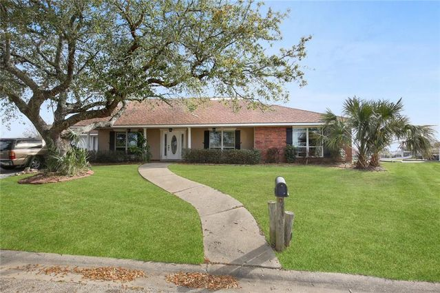 109 CARINA Circle Slidell, LA 70458