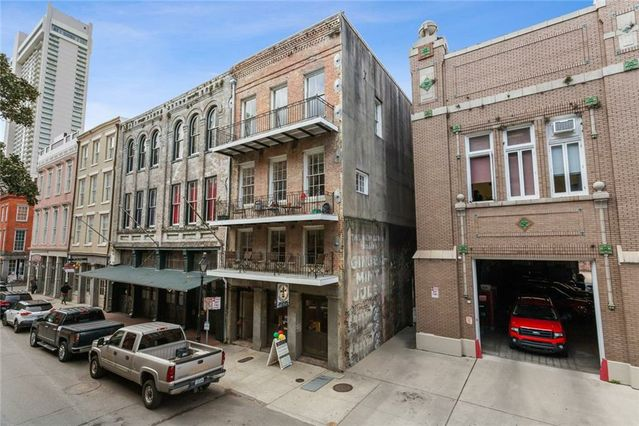 315 DECATUR Street #1 New Orleans, LA 70130