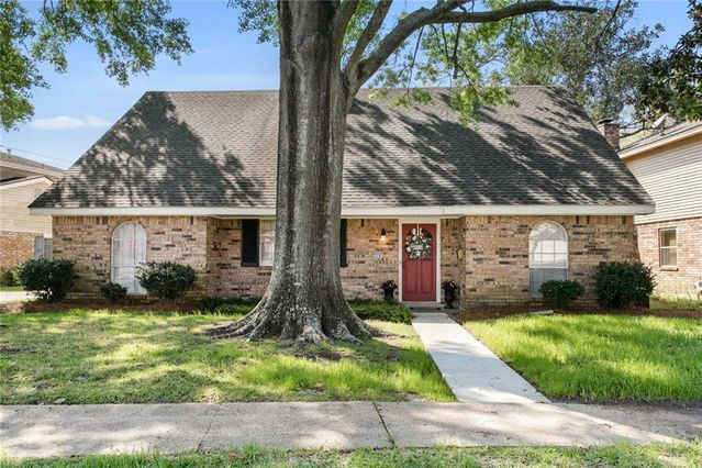 3741 PLYMOUTH Place New Orleans, LA 70131