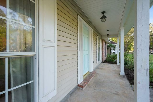 407 COLONIAL Court - Photo 3