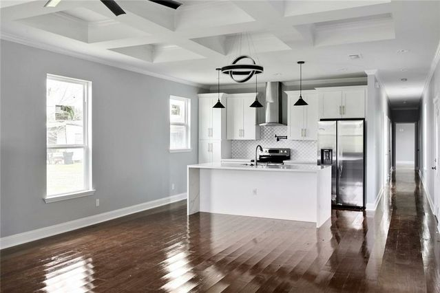 624 THAYER Street - Photo 3