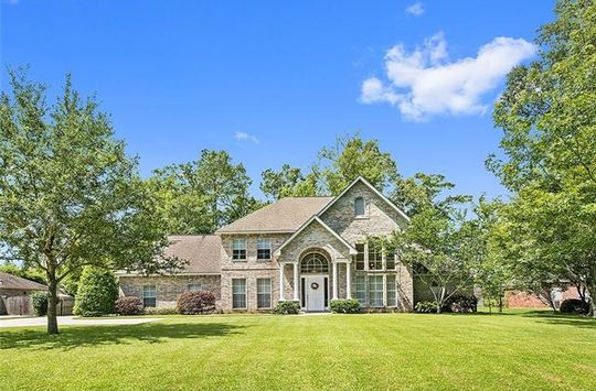327 SANDY BROOK CIR Madisonville, LA 70447 - Image 2