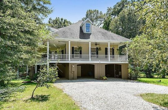 204 WILLOW CIR Mandeville, LA 70471 - Image 1