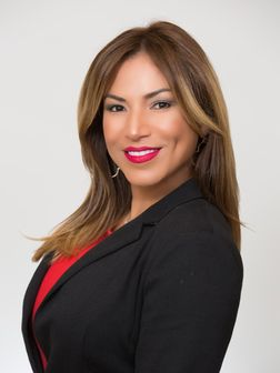 Jakki Henriquez, Real Estate Agent
