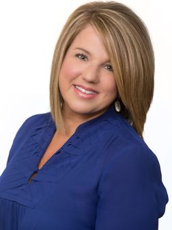 Amy Barrios, Real Estate Agent